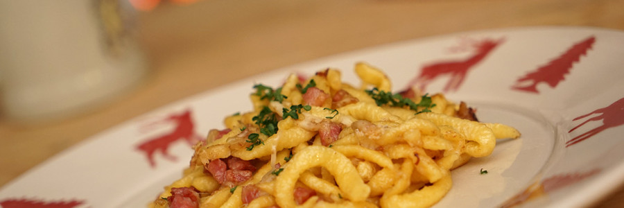 Spätzle – with onions, ham and cheese